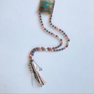 [boutique] pink and brown tassel necklace